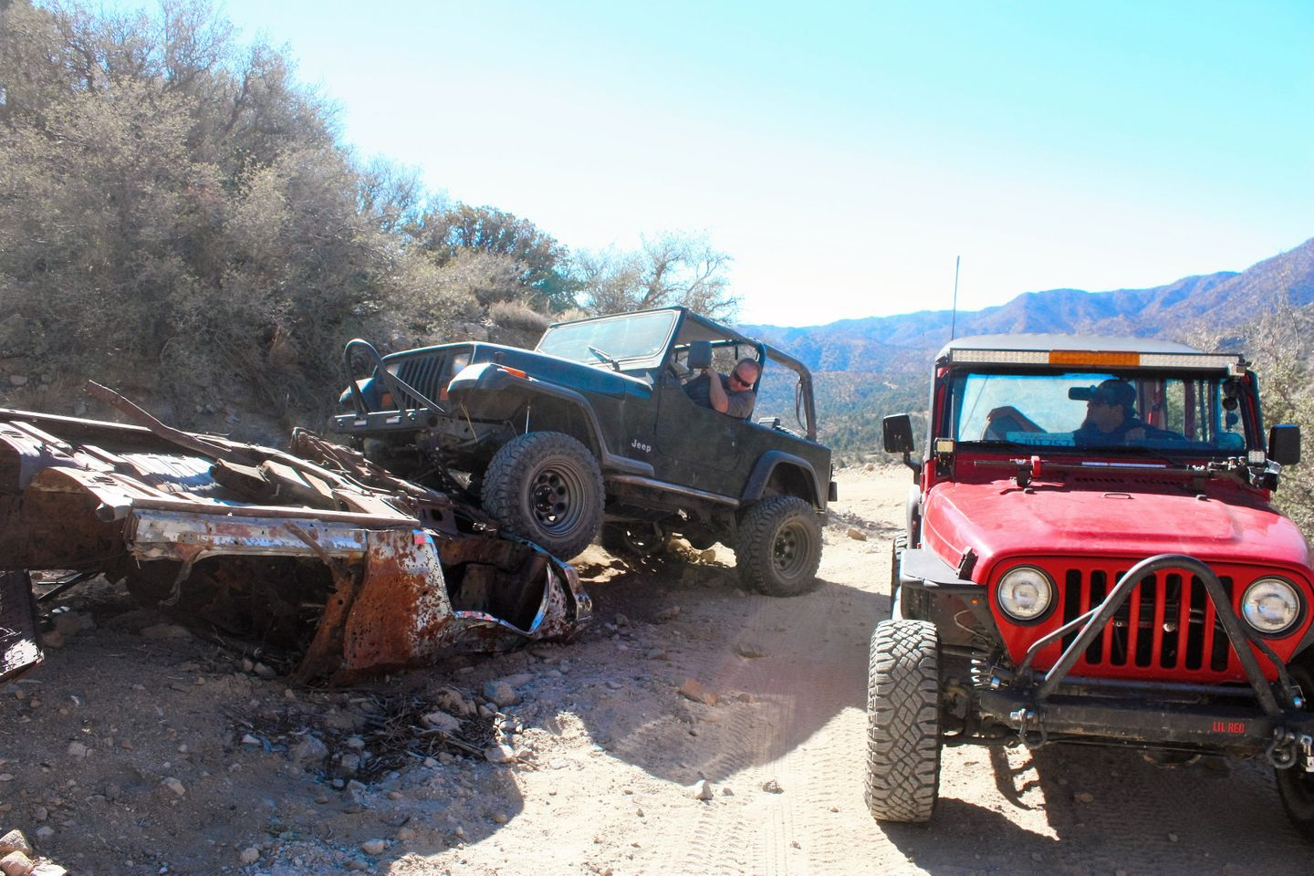 2N02 - Burns Canyon - Waypoint 3: Old Pontiac