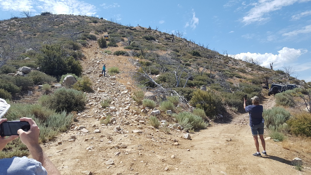 3N17 - White Mountain - Waypoint 4: Optional - Hill Climb aka Suicide Hill (Easy Route On The Right / West)