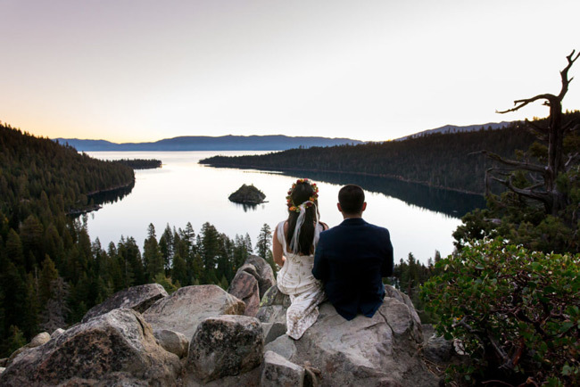 Couple elope on a mountaintop | Elopement Checklist