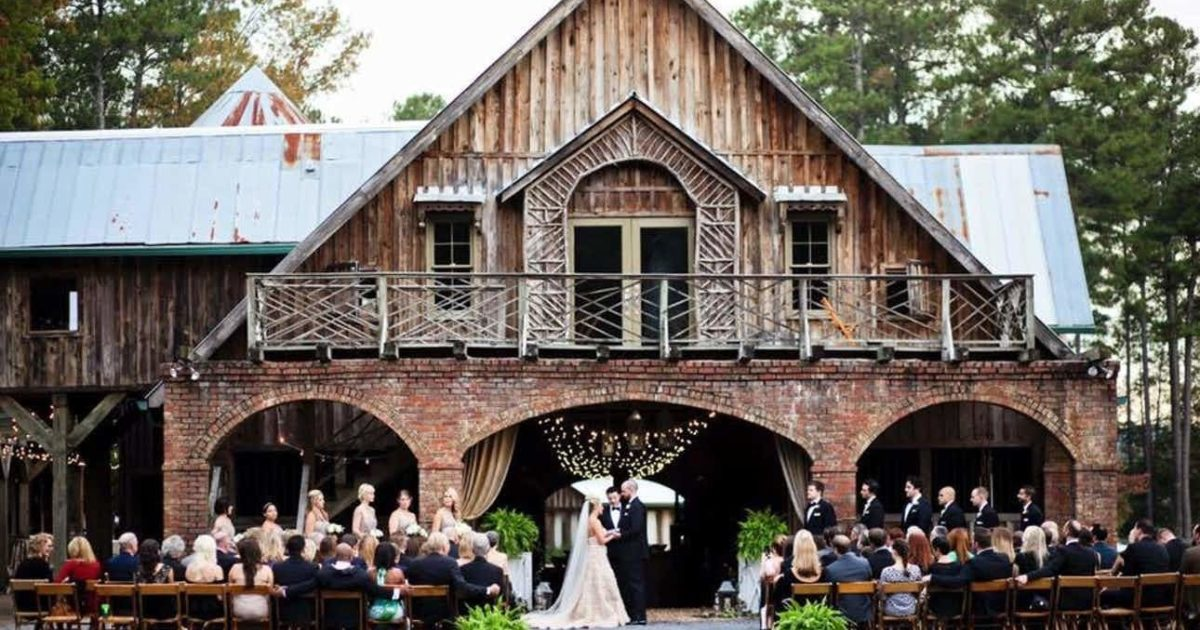 The Ultimate Barn Wedding Checklist