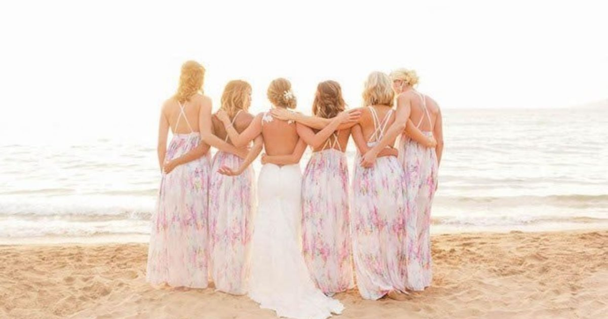 Bridal Party Gift Ideas How To Style Your Squad For A Beach Wedding