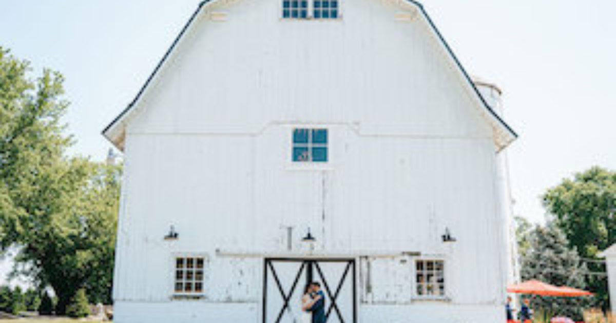 20 Rustic Illinois Wedding Venues See Prices