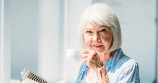 14 Signs Your Elderly Parent May Be Unsafe Living Alone