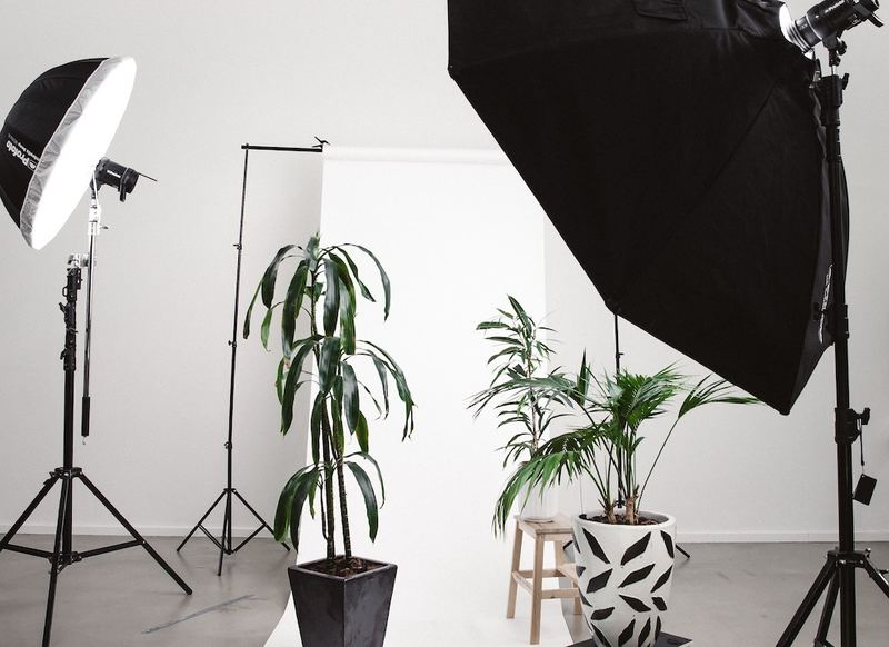 photo studio set up with diffusers
