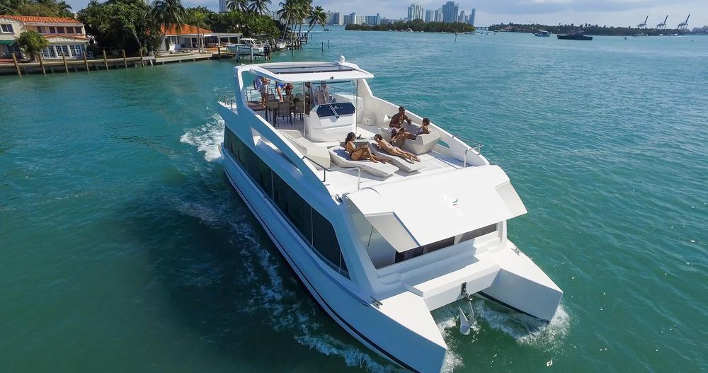 Madstudios boat yacht photoshoot