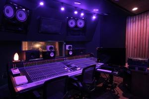 A room control room madstudios