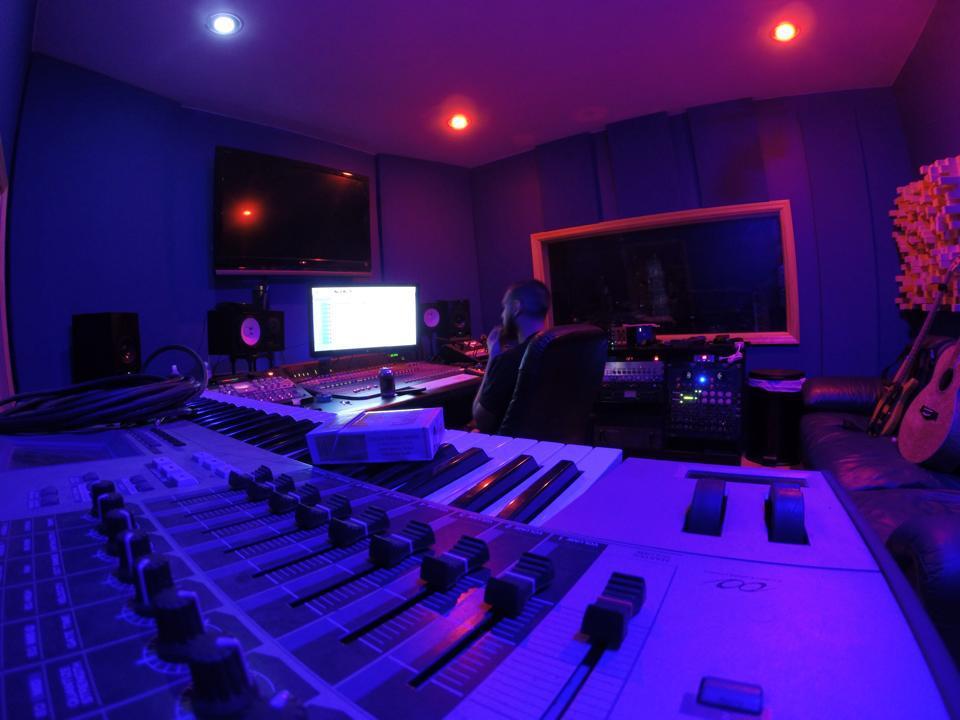 Madstudios mixmasters music recording art