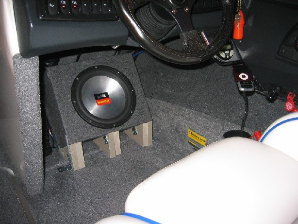 iRide - sub install in drivers footwell - Stereo Info & How-To