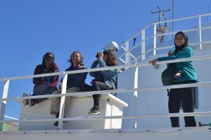 Students on Leg 1 of the VISIONS'17 cruise see the Pacific Ocean for the first time onboard the R/V Revelle. Credit: M. Elend, University of Washington.