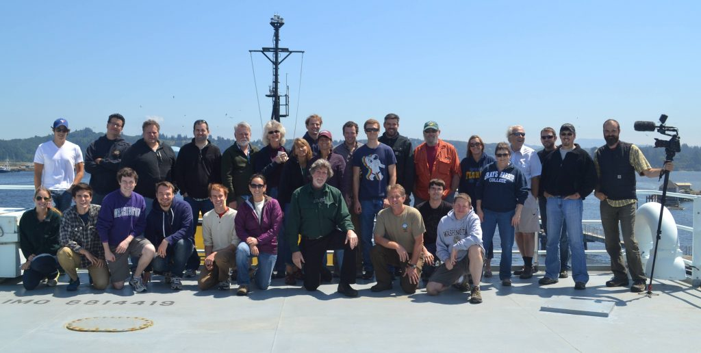 Leg 3 included a wonderful mix of scientists, engineers, ROPOS crew, educators and students.