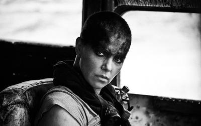 Mad_Max_Fury_Road_Black__Chrome_7.jpg
