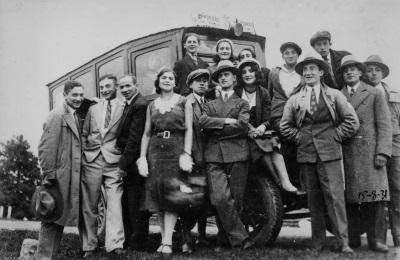 TheatreTour_1931.300dpi_sm.jpg