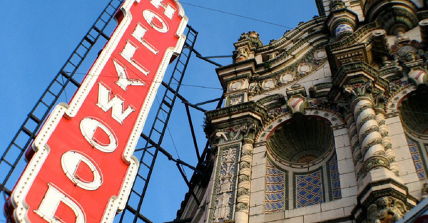 Hollywood Theatre_Nonprofit Hollywood Theatre in Portland, Oregon_Photo Credit Jelly Helm (1).jpg