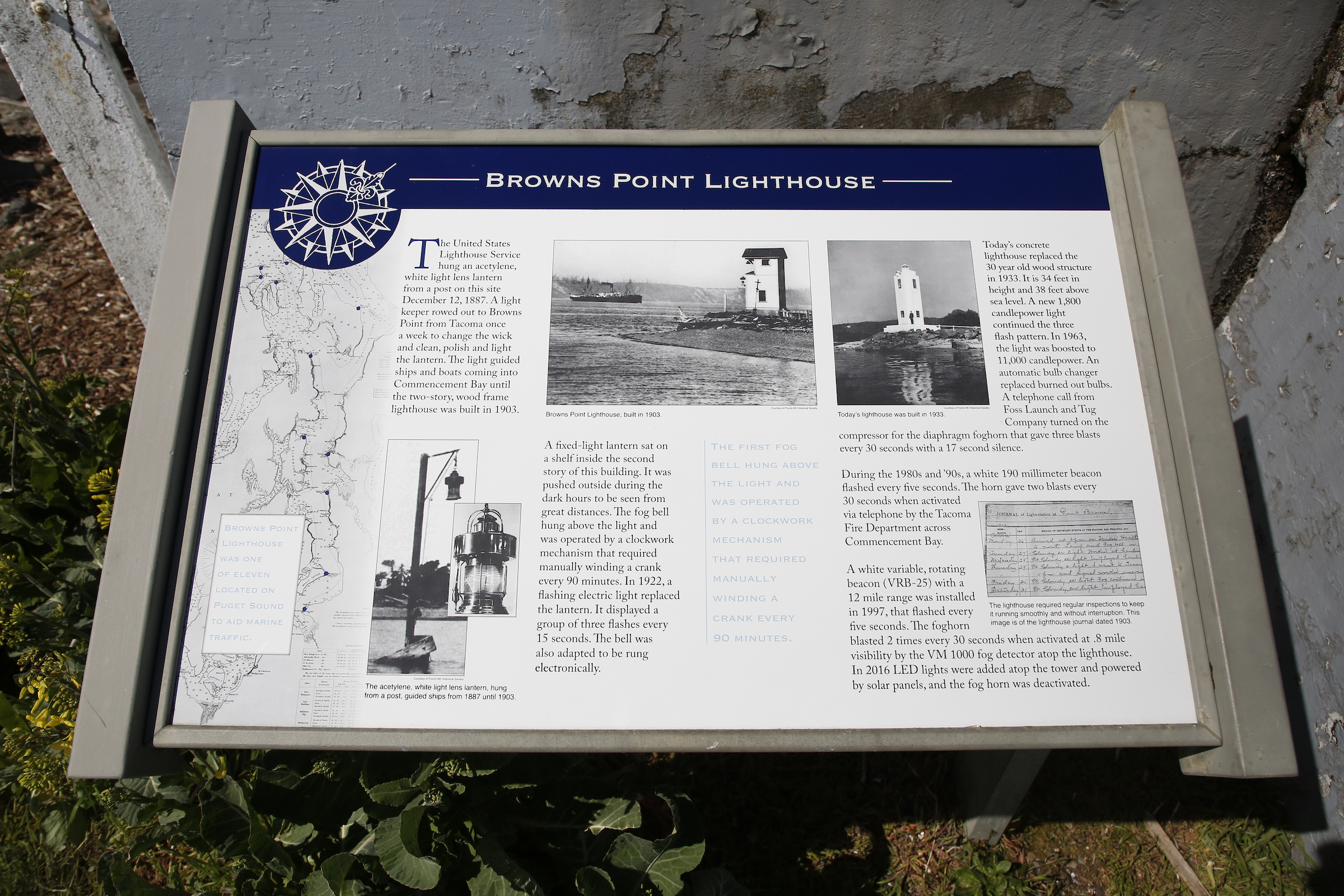 photo of interpretive signs