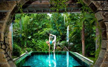 School Yoga Institute 200-hour Yoga Teacher Training Course