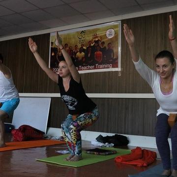 200 Hour Vinyasa Yoga Teacher Training In Rishikesh India