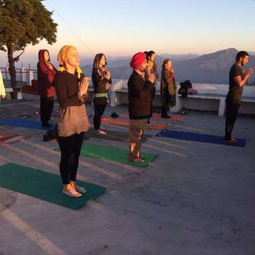 200 Hour Vinyasa Yoga Teacher Training In Rishikesh India