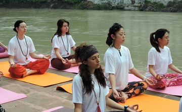 7 DAYS YOGA RETREATS IN RISHIKESH, INDIA