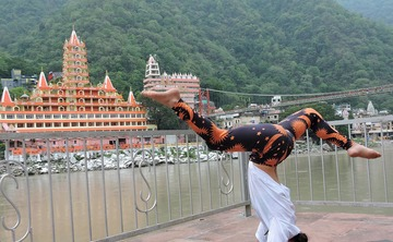 200 Hours Hatha Yoga Teacher Training Course in Rishikesh, India.