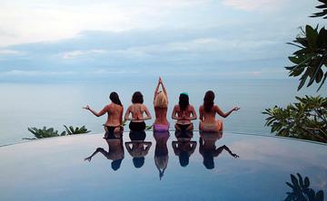 Yoga Retreat & Surf Camp