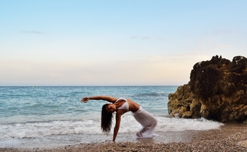 10 day Yoga and Surf retreat for women only!