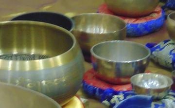 Meditation with Singing Tibetan Bowls in Romania