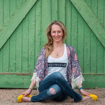 Meredith Cameron ~ Yoga & SUP Yoga Instructor