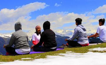 Weekend Yoga Retreat Himalayan Hamlet- Jibhi