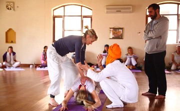 Power of Posture: An Asana and Assisting Teacher Training