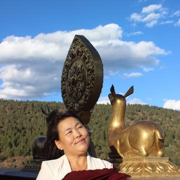 Khandro Tsering Drolkar