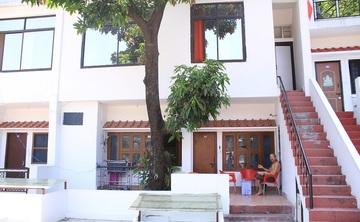 One Week Hatha Yoga Retreat (7 days) in Rishkesh