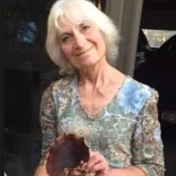 Linda Weintraub