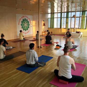 Jeevmoksha Yoga Gurukul
