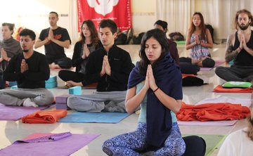 200 Hour Yoga Teacher Training Course in Rishikesh India 2019