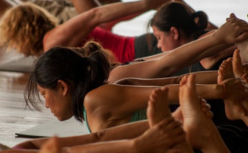 200 h. Yoga Teacher Training in Tuscany, Italy