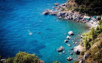 OASIS OF PEACE, Amalfi Coast Yoga Retreat