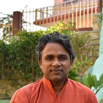 Yogi Chetan Mahesh