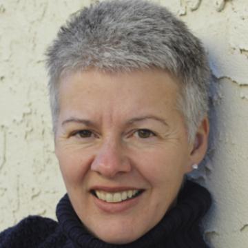 Angela Wiens
