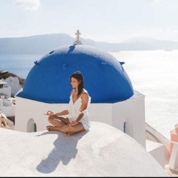 Yoga Retreat Santorni, Greece (summer 2019)