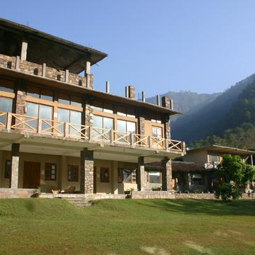 300 hours Yoga teacher training course in Rishikesh India