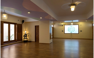 200H Hatha Yoga TTC with Yoga Alliance USA and UK certification (food & accomodation incluyed)