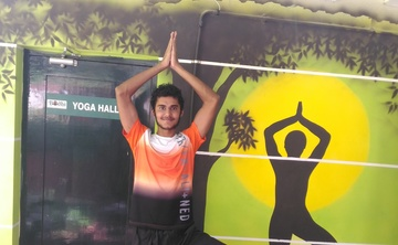 Raghu Retreat - Yoga with Tanmay