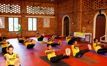 200 hour Yoga Techer Training in Kerala, india