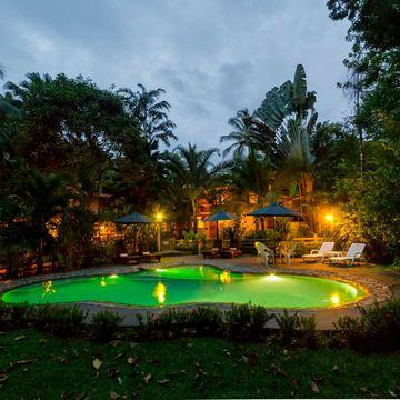 LA PONDEROSA Beach & Jungle Resort