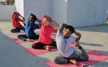 15 Days Yoga Detox Retreat in Rishikesh, India
