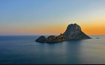 Luxury shamanic healing retreat Ibiza (ongoing)