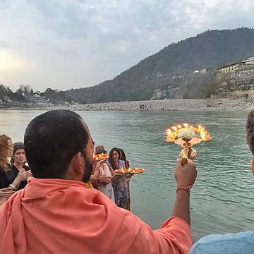 200hr Yoga teacher training in Rishikesh, India