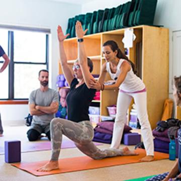 Integral Yoga 200-hour Teacher Training – Spring