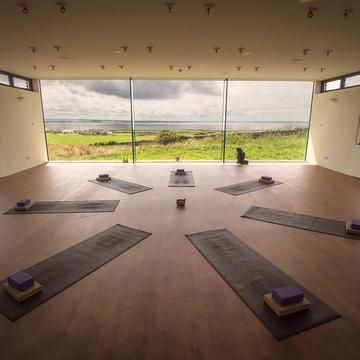 Visiting Teacher Yoga & Meditation