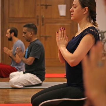 200H Hatha Yoga TTC with Yoga Alliance USA - Veg food & accomodation - Mysore India